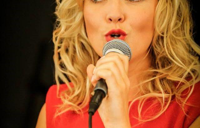 zangeres_laurien_verstraten
