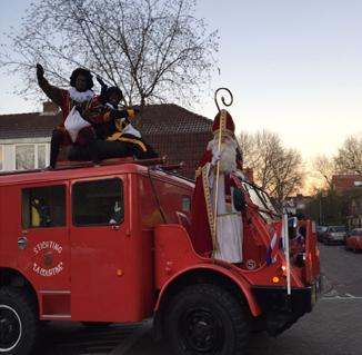 Brandweerwagen van de Sint