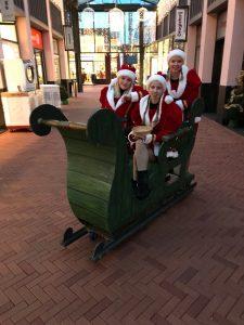 de kerst uitdeeldames