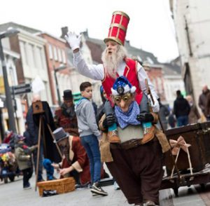 Mops-Totem Sint uitvoering