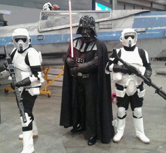 starwars darth vader met troopers