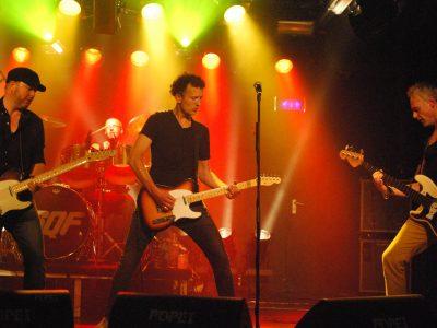 Status-Quo-Tribute-band2